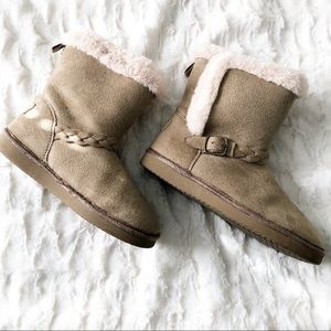 Oshkosh Tan Missy Sherpa Faux Fur Winter Boots